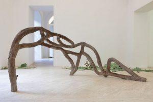 Latifa Echakhch. Romance. Installation view at Fondazione Memmo, Roma 2019. Photo Daniele MolajoLatifa Echakhch e Romance