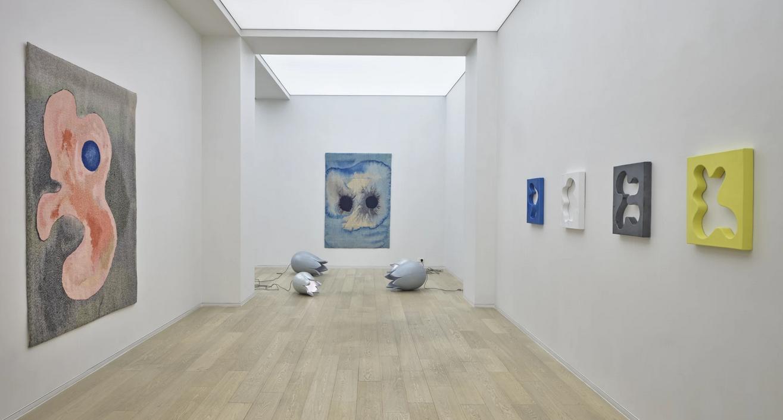 Hong Kong - Galleria Simon Lee. Mai-Thu Perret: News From Nowhere
