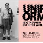 UNIFORM INTO THE WORK/OUT OF THE WORK LA DIVISA DA LAVORO NELLE IMMAGINI DI 44 FOTOGRAFI WALEAD BESHTY. RITRATTI INDUSTRIALI