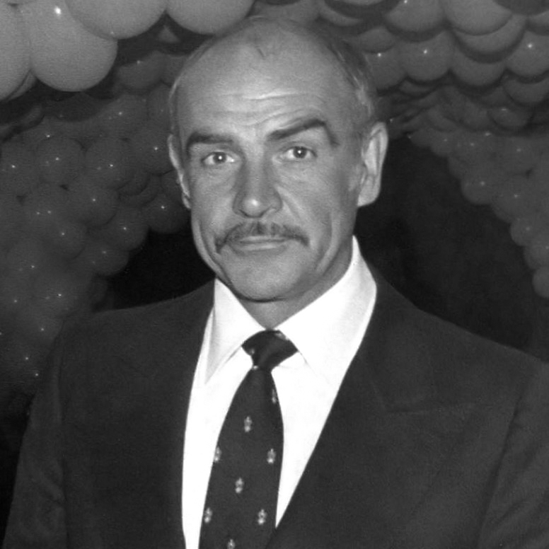 https://commons.wikimedia.org/wiki/File:Sean_Connery_1980_Crop.jpg