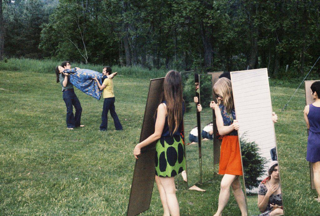 Joan Jonas, Mirror performance II, 1969 Courtesy of the artist and Amanda Wilkinson Gallery, London