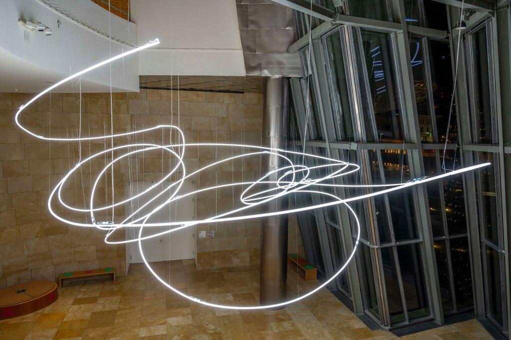 © Fondazione Lucio Fontana, Bilbao, 2021 Vista de la instalación en el Museo Guggenheim Bilbao, 2021 Imagen © FMGB Guggenheim Bilbao Museoa, fotografía Erika Barahona Ede