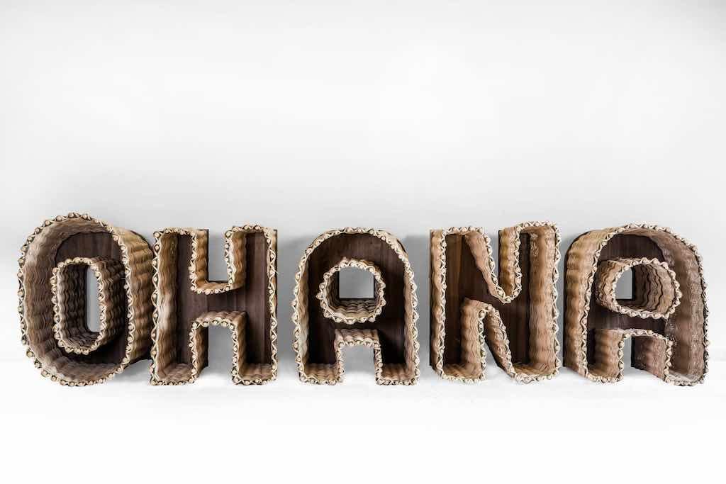Stefano Boccalini, La ragione nelle mani - Ohana, legno intrecciato, 90 x 400 x 92, 2020