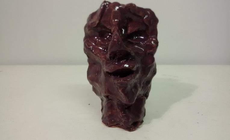 """""""Primo re"""" (First King), ceramica smaltata (glazed ceramic), 2017, cm 12x9x6"""