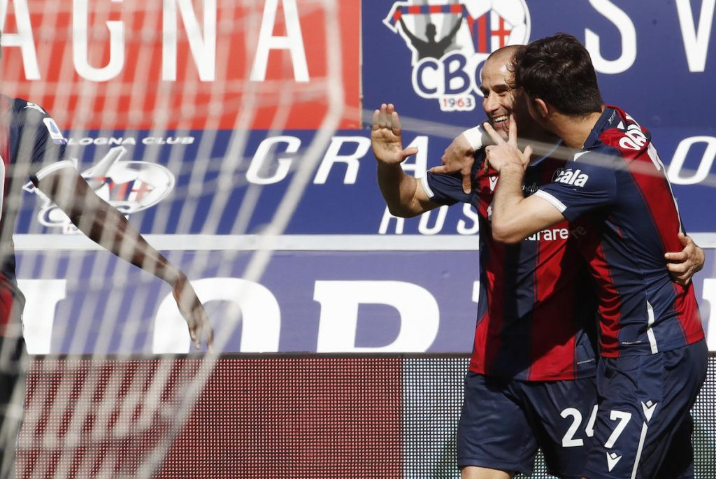 Bologna's Rodrigo Palacio jubilates with his teammates after scoring his third goal during the Italian Serie A soccer match Bologna FC vs ACF Fiorentina at Renato Dall'Ara stadium in Bologna, Italy, 02 May 2021. ANSA /ELISABETTA BARACCHI